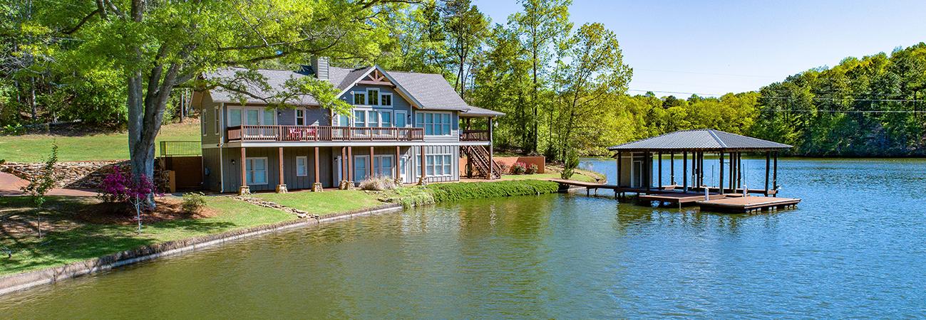 lake martin home